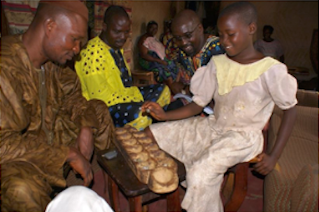 Ayò with the Paramount Chief of Òsí Ilorin